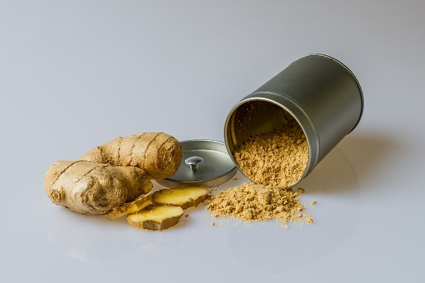 Ginger Rhizome and Powder